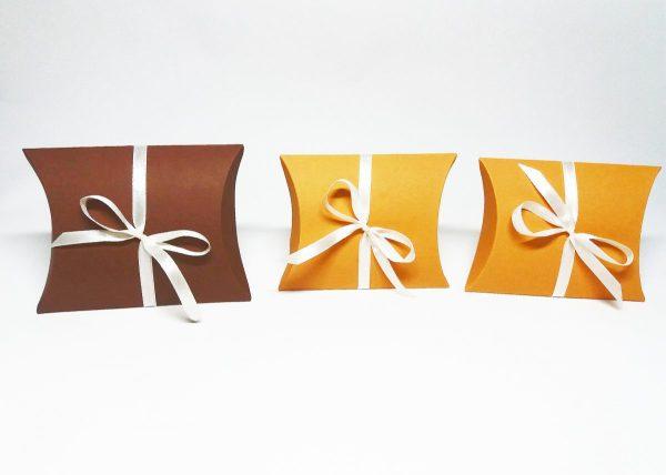 Cutii pillow box pentru marturii, bijuterii, cadouri