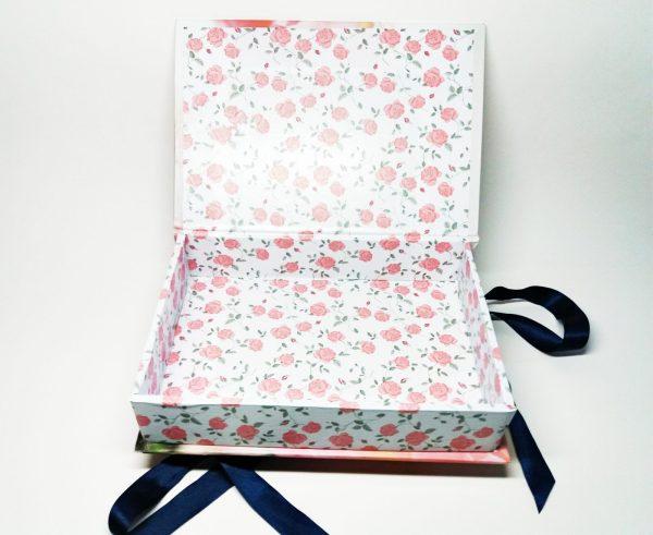 Cutie tip carte pentru cadouri corporate, cadouri