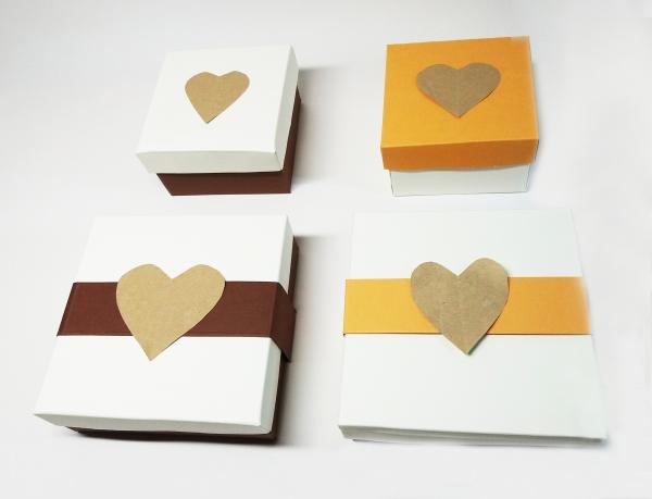 cutii cu capac cadou