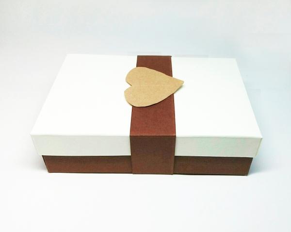 cutii cu capac