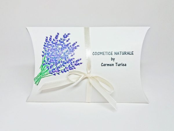 cutii pillow box imprimate cu motive florale