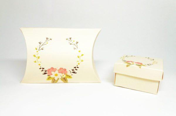 cutii pillow box pentru martisoare